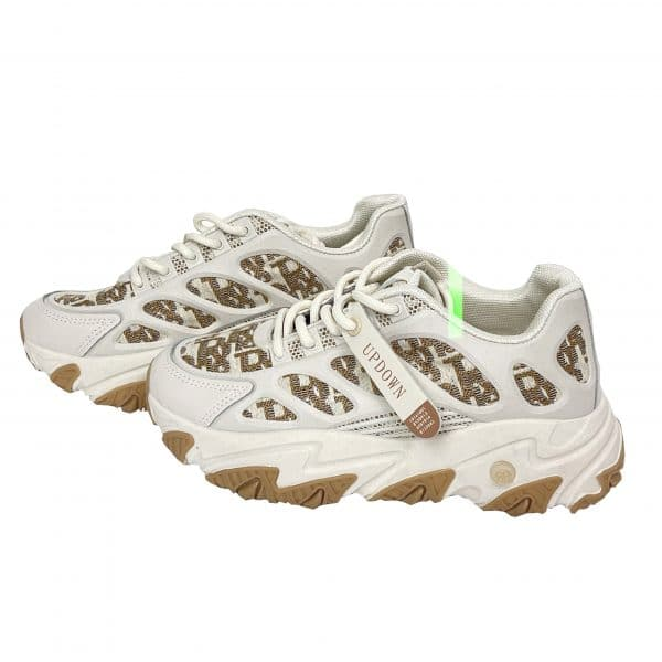 Sneakersbrwn scaled scaled