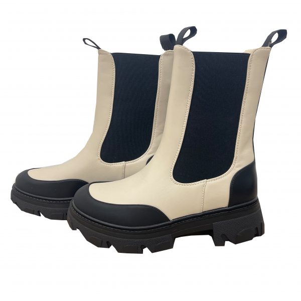 Linalaarjsesboots scaled